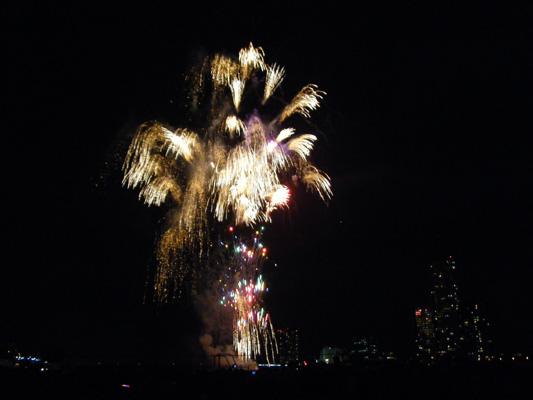 ショウエイ懇親会2011:多摩川花火大会